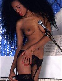 Nude hairy Diana Ross clone strip